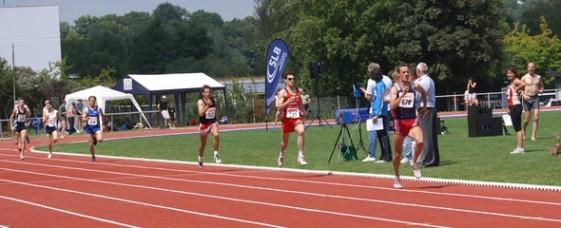 Remo Reichel auf der Zielgeraden bei seinem 1500-m-Sieg in St. Wendel