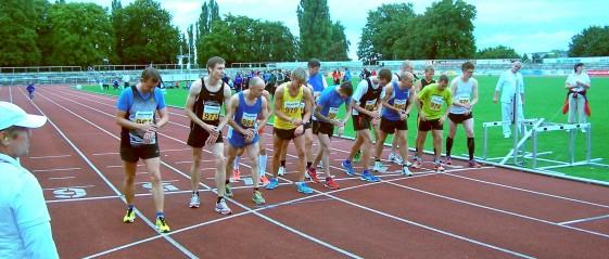 Start des 1. Laufes bei der Thüringer Meisterschaft über 10.000 Meter