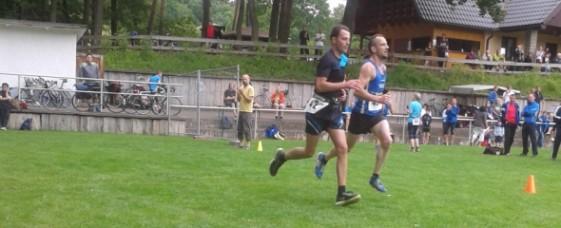 gemeinsamer Zieleinlauf von Christoph Unkart (li.) und Holger Tschaar