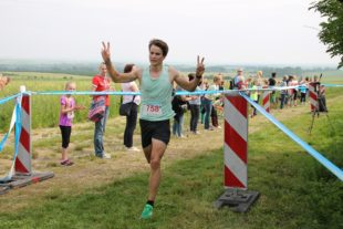Philipp Heinz gewann den 4 Kilometerlauf (Foto: Christina Sonnenfeld).