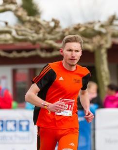 Adrian Panse vom USV Erfurt gewann mit 16,2 Kilometern Laufleistung den Röbling-Powerlauf.