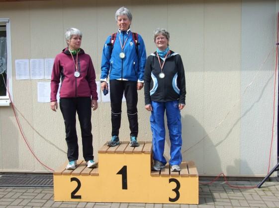Die Sieger im Halbmarathon Ina Spanaus(li), Angela Fabig, Barbara Findeisen
