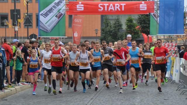 Start 5 km mit Sieger Jonathan Hilbert (941)