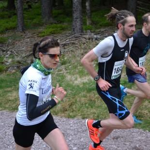 Nicole Kruhme mit ihrem Trainingspartner Michael Herr ist an der Suhler Ausspanne in Führung gegangen