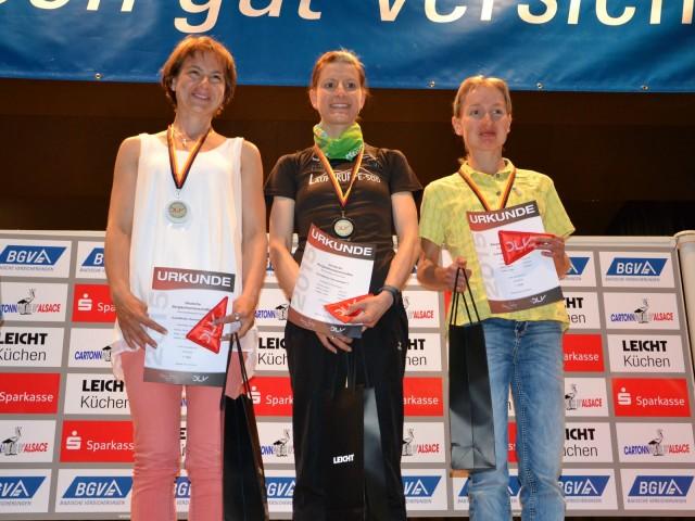 Gewannen für den GutsMuths-Rennsteiglaufverein die Mannschaftswertung: Lydia Walther, Nicole Kruhme und Carolin Gläser (v.l.)