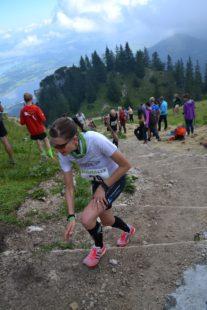 Nicole Kruhme einige hundert Meter vor dem Ziel