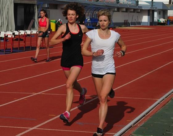 Annett Horna (re.) beim Training
