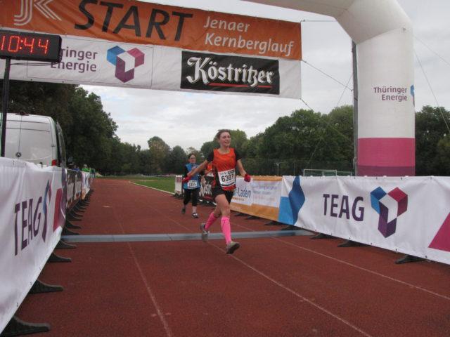 Marie Brückner beim Zieleinlauf