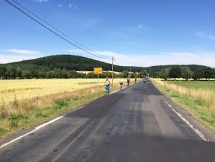 On the Road again: zur Route gehörten auch viele Straßenkilometer.