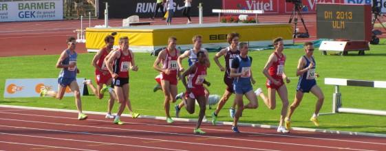 1.500m-Finale mit Sebastian Keiner (3. v.r.) und Stefan Eberhardt (940)