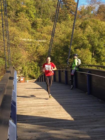 Astrid Hartenstein siegt über 15 Kilometer.