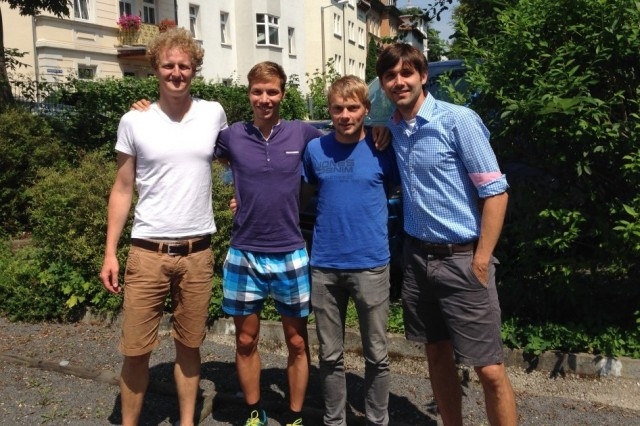 Läuferpartnerschaft: Alexander Pohle (Larasch), Marcel Bräutigam, Christian König (beide GutsMuths-Rennsteiglaufverein) und Dirk Lange (Larasch)