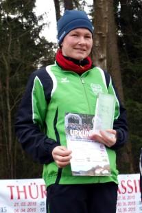 Maria Füldner gewinnt die 9,3-Kilometer-Strecke bei den Frauen