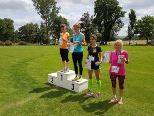 Siegerehrung beim Hauptlauf der Frauen.