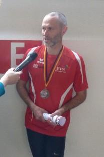 Thomas Biedermann nach dem 400-Meter-Lauf beim Interview