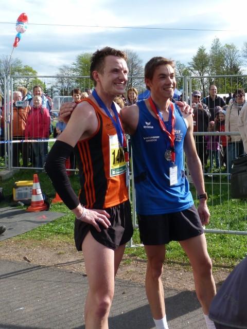 Die Sieger auf der Halbmarathondistanz ( links: Marcel Krieghoff, rechts: Thomas Kühlmann)