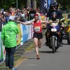 Rennsteig-Supermarathon: Debüt-Siege für Oemus und Schulze