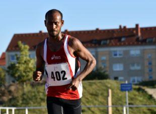 Sieger Halbstundenlauf Samsom Tesfazghi