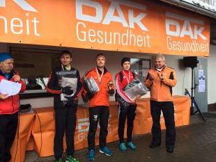 Adrian Panse, Marcel Krieghoff und Julian Häßner bei der Siegerehrung (Foto: Luise Krieghoff).