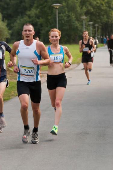 Nora Kusterer siegt über die 10 Kilometer