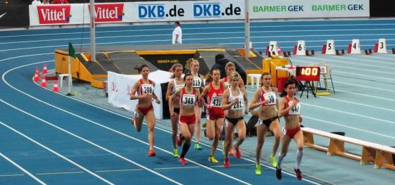 Vorlauf 1.500m mit Astrid Hartenstein (349) und Annett Horna (281)