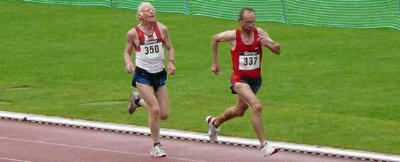 Jürgen Tuch (337, M50) und Martin Wahl (M55) liefen im Seniorenlauf über 5000 Meter einsam an der Spitze