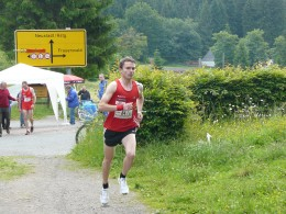 Rennsteiglauf-Seriensieger Christian Seiler lief auf Etappe 6 einen Etappensieg für die eon-Staffel heraus
