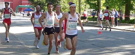 Steffen Meyer auf dem Weg zur 10-km-Bestzeit und Rang 4